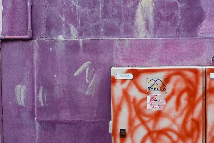 Brightly painted wall at Male, Maldives. Photo by Angus McDonald